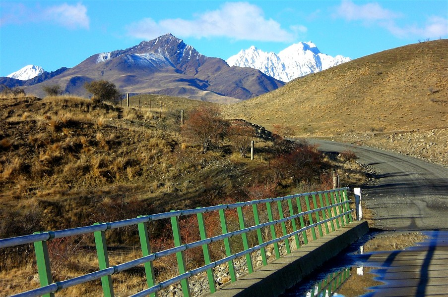 There are several bridges to cross driving up the Awatere Valley which are usually narrow and single lane. This bridge crosses the Kennet River near the entrance tp Muller Station.